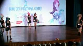 FASHION SHOW..OF PRANATI & FRIENDS...Videos by kamal sharma for sur-tarang :vdo Art ..