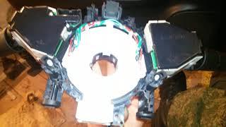 Ниссан ноут 1.4 2007 год снятие руля и шлейфа ноте. Обрыв шлейфа. Не работает сигнал. Мультируль