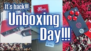 unboxing   jhs at drive focusrite scarlett 2i2 studio pack and mic stand   behind the scenes 4