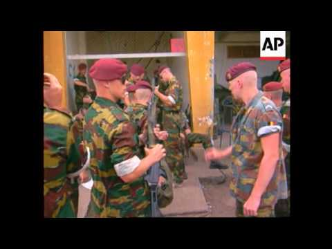 Congo - Belgian troops prepare to fly to Zambia
