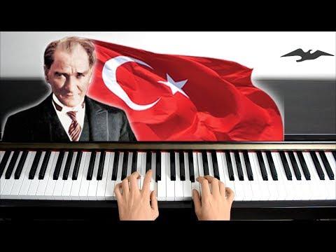 İzmir Marşı Piyano