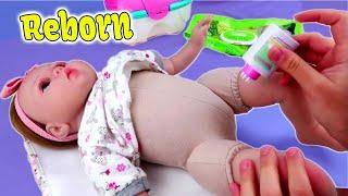 Обложка на видео о Mi Nuevo bebé Reborn  Biberón y cambio de Pañal
