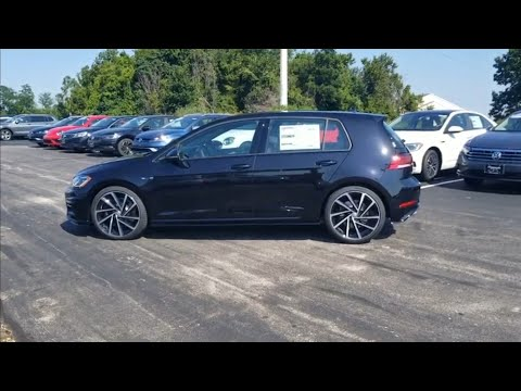 2019 VW Golf R 2.0T w/ DCC and Navigation