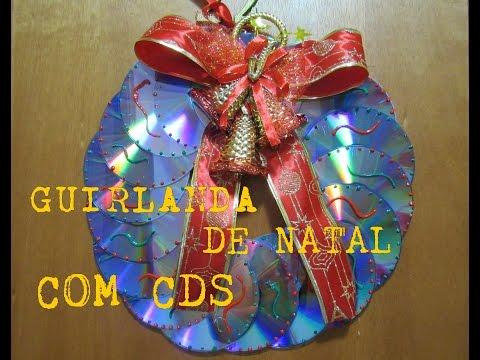 GUIRLANDA DE NATAL COM CDS USADOS