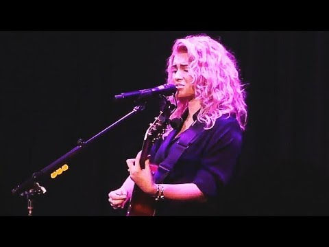 Tori Kelly - Live At The Roxy // NEW SONGS 2017
