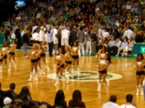 Cheerleaders Ballet (April 2010) NBA Celtics VS Wizards