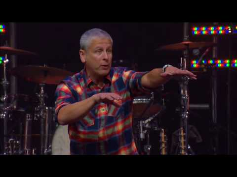 Louie Giglio-Fearless @ Passion 2012 (1080HQ)