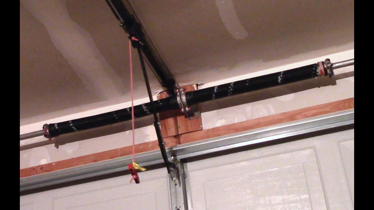 Garage door torsion spring replacement how to youtube solutioingenieria Choice Image
