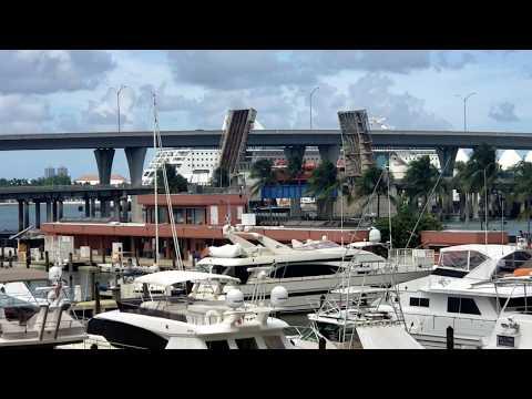 FEC Port Job leaving Dodge Island