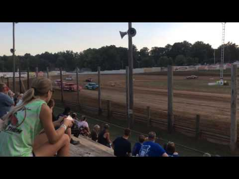 8-6-16 Heat Race 1 at Lincoln Park Speedway