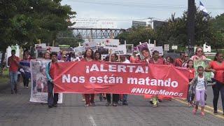 """Nicaragua realiza """"Marcha del silencio"""" en honor a mujeres ase…"""