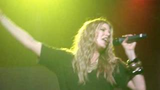 Fergie – Mary Jane Shoes youtube musica