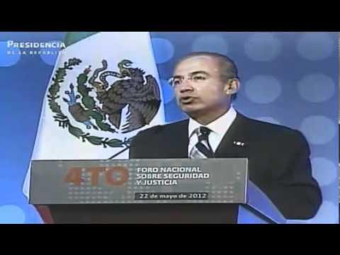 -Pueden criticar mi estrategia, pero ¿la van a seguir?-: Felipe Calderón