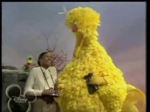 Muppets - Leslie Uggams & Big Bird - Love will keep us together