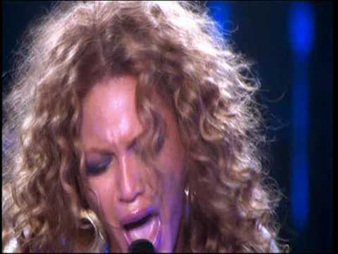 Beyoncé - Dangerously In Love live (25 seconds)