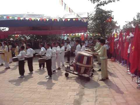 Lễ đón nhận danh hiệu trường chuẩn quốc gia năm 2011