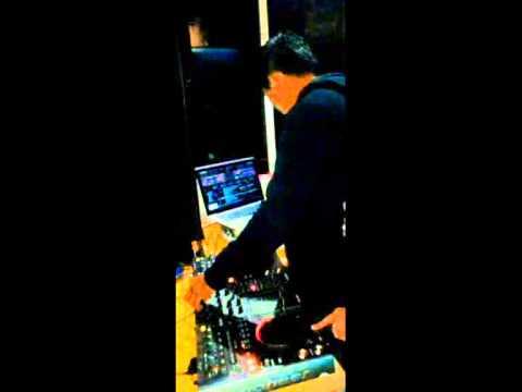 Cinta ditolak trio ubur-ubur DJ WK ON THE MIX