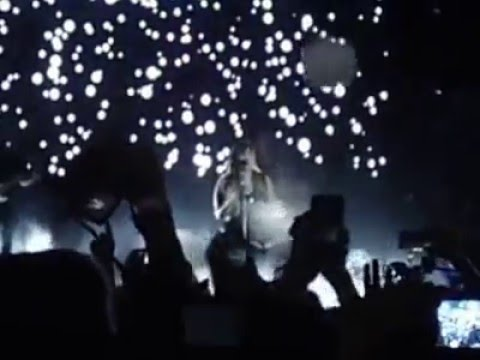 Download Demi Lovato - Nightingale (Live from The Neon Lights Tour in Brasília)