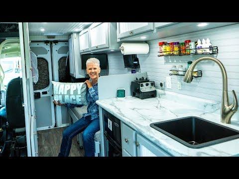 72-yr-old-solo-female-van-lifer-|-van-tour-in-4k