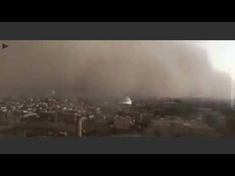 Apocalyptic sandstorm sweeps over Iranian city