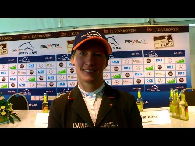 Sandra Auffarth -  Derbyfavoritin