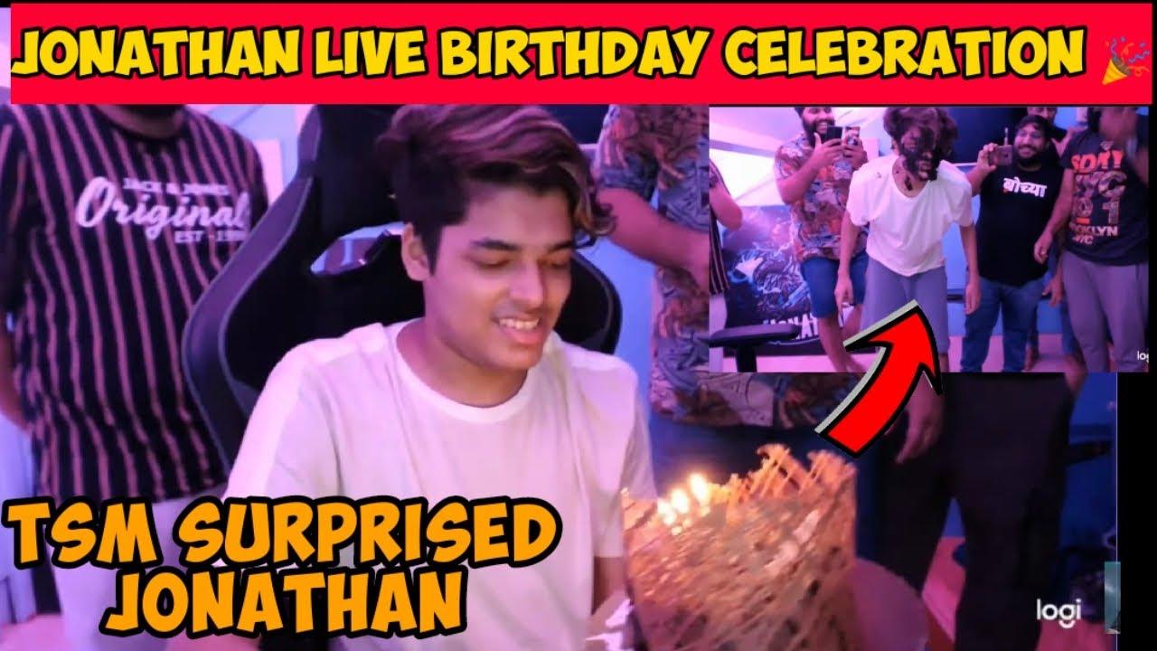 | Jonathan Live Birthday Celebration with Tsmentity | Tsmentity Surprised Jonathan with Cake |