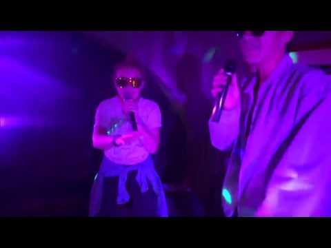 karaoke night - moonage daydream