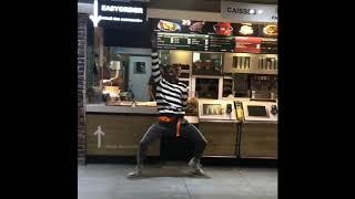 Fortnite Emote Alouette, Nice Alouette in McDonald @akamztweenty part 6