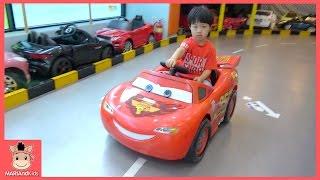 타요버스 중앙차고지 BMW 벤틀리 벤츠 디즈니카 전기 자동차 타고 미니가 간다 ♡ 어린이 자동차 장난감 키즈카페 놀이터 Disney Car | 말이야와아이들 MariAndKids