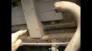 Как совместить на Niva (Chevrolet), глушитель и газовый баллон?(В этом видео, подробно показывается, техника изменения заводского глушителя, для установки под днище газов..., 2013-06-27T18:56:33.000Z)