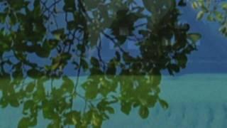 映像は数年前に白川郷を訪れたときの写真です。 ※音源はスタジオ録音で...
