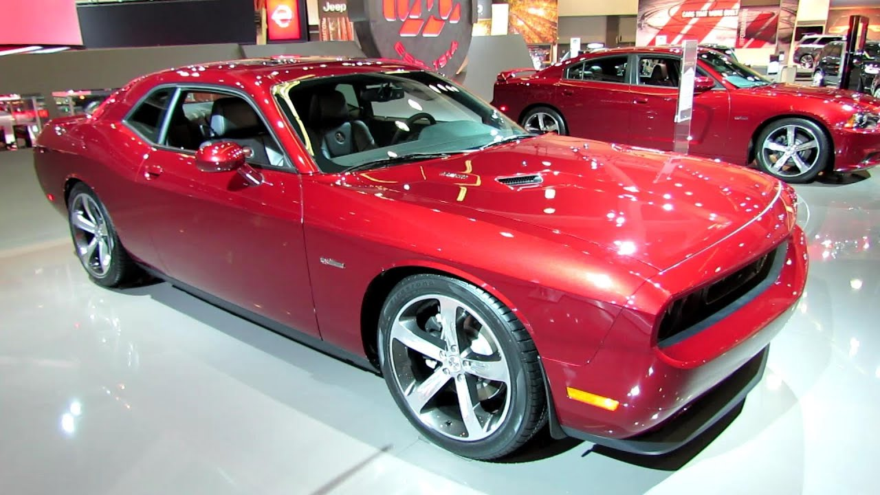 2014 dodge challenger rt plus 100th anniversary edition walkaround 2013 la auto show youtube. Black Bedroom Furniture Sets. Home Design Ideas