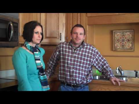 Greg Erickson Shows Us How To Paint A House In Minneapolis And Saint Paul, MN.mp4