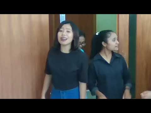 Three The Little Birds-Pendidikan Musik 2017 UNWIRA KUPANG_(Bob Marley)