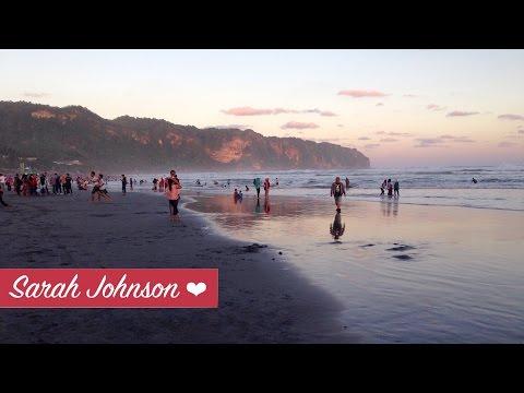 Parangtritis Beach in Yogyakarta, Indonesia   Beaches Near Yogyakarta   Pantai Parangtritis