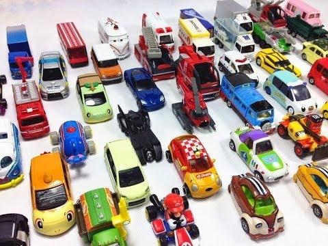 Tomica Buss med 49 Tomica bilar【Tomica Bil�6+SE