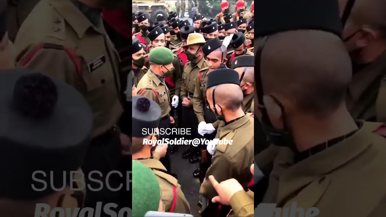 गड़वाल राइफ़ल का जोश | Garhwal Rifles Indian Army Josh early morning | Badhe chalo | Royal Soldier