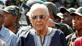 Güney Afrikalı aktivist Ahmed Kathrada hayatını kaybetti