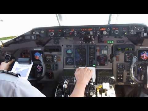 MD 83 jumpseat