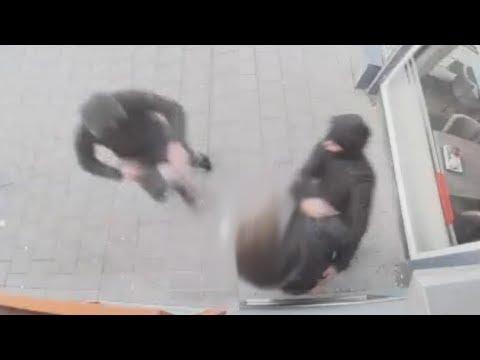 Man beroofd van dagopbrengst in Rotterdam Overschie