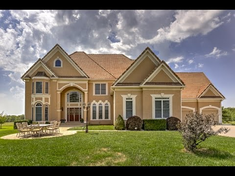Olathe Home Tour: 15560 N Moonlight Rd, Olathe, KS  (Sold In Kansas City Group)