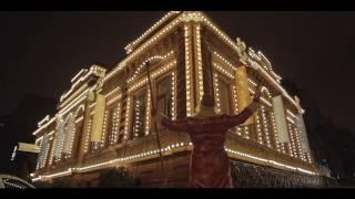 видео Новый год в ресторане. Диета на празднике. Какие блюда выбрать