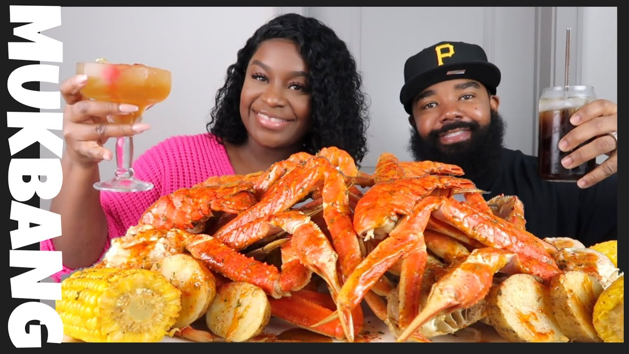 GIANT CRAB LEGS SEAFOOD BOIL MUKBANG + no STORYTIME | GIVEAWAY