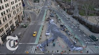 Timelapse: A Walker in New York City | The New York Times
