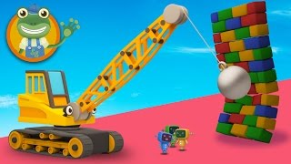 Ryan The Wrecking Ball Crane Visits Gecko