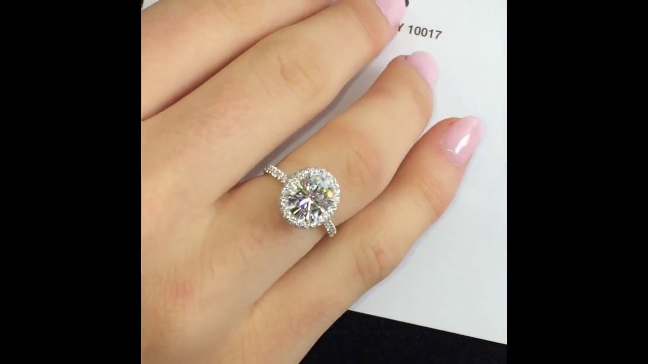 2 Carat Oval Moissanite Halo Engagement Ring