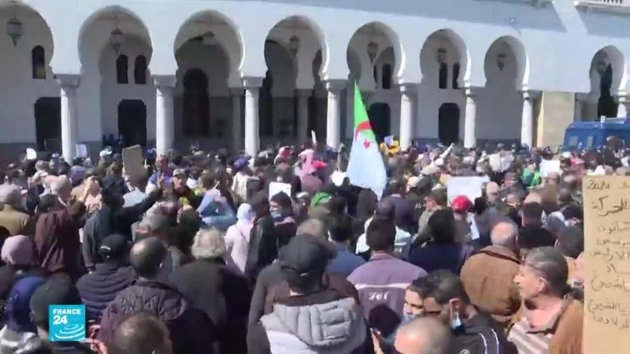 الحراك الشعبي في الجزائر: الطلاب يتظاهرون ضد الانتخابات التشريعية المبكرة