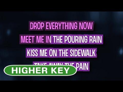 Sparks Fly (Karaoke Higher Key) - Taylor Swift