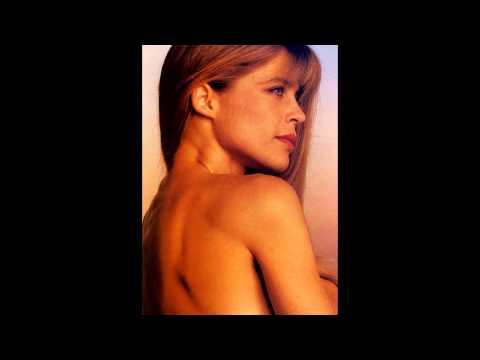 Linda Hamilton HD