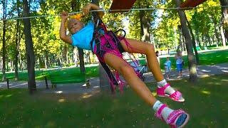 ВЛОГ в Веревочном Парке для детей! Ярослава УПАЛА((  Outdoor Playground for kids!
